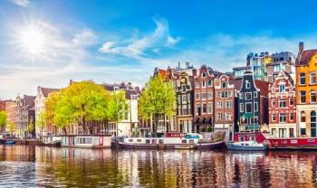 Un voyage vers Amsterdam, une ville renommée dans le monde datant du 17e siècle, capitale de Hollande, à 6760 MAD !!