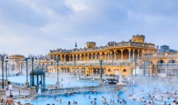 Spécial Budapest, capitale européenne réputée pour sa beauté et aussi les sources thermales à 2990 MAD Seulement chez AjiNsafro